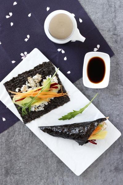 rouleau de temaki sushi